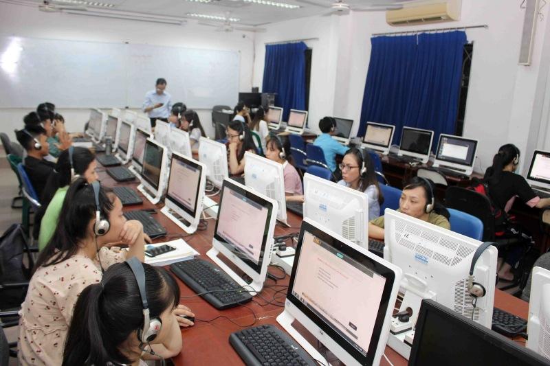 Những đơn vị tổ chức kỳ thi ngôn ngữ tiếng Anh cũng đang thực hiện nhiều biện pháp phòng ngừa đồng thời tạm thời hoãn một số kỳ thi
