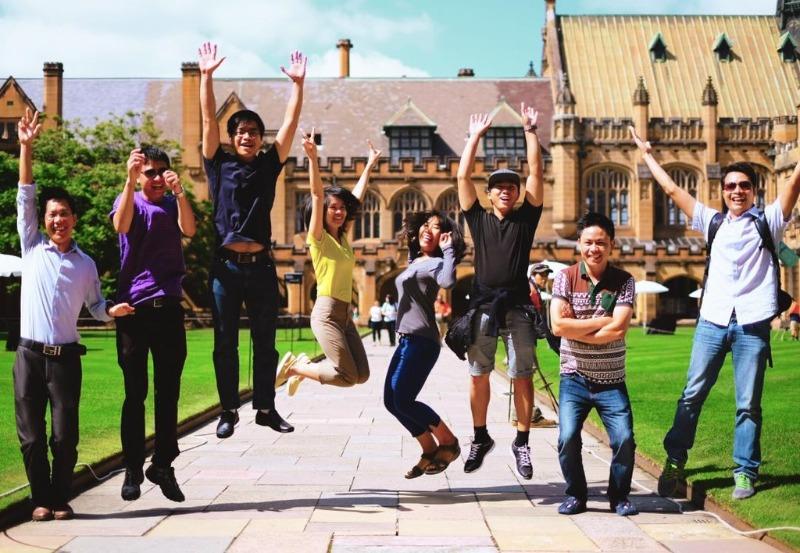 Học bổng chính phủ Úc, còn được biết đến với tên Học bổng Phát triển Australia (ADS)