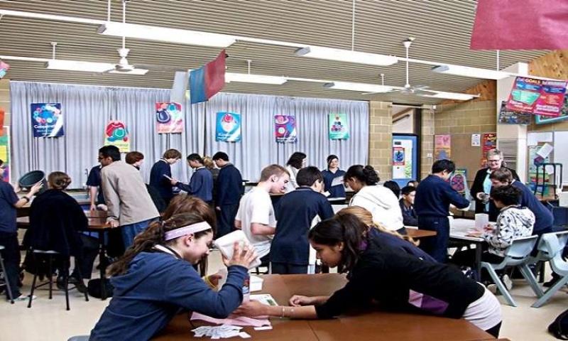 Hệ thống giáo dục ở Úc cũng rất hoàn thiện, hiện đại và thực tế.
