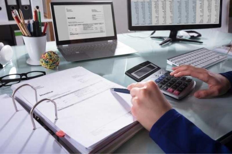 Một số môn bắt buộc như Financial accounting, Corporate accounting, money and capital market