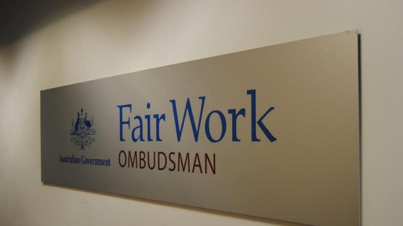 Bạn có thể liên hệ với Văn Phòng Thanh Tra về vấn đề Làm Việc Công Bằng (Fair Work Ombudsman) để nắm bắt thông tin và được hướng dẫn.