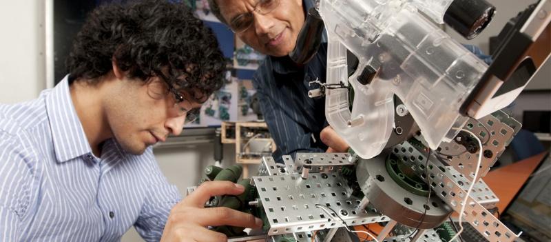 Chương trình thực tập kỹ sư ở Úc (Engineers Australia Professional Year Program) là 12 tháng thực tập dành cho sinh viên nước ngoài