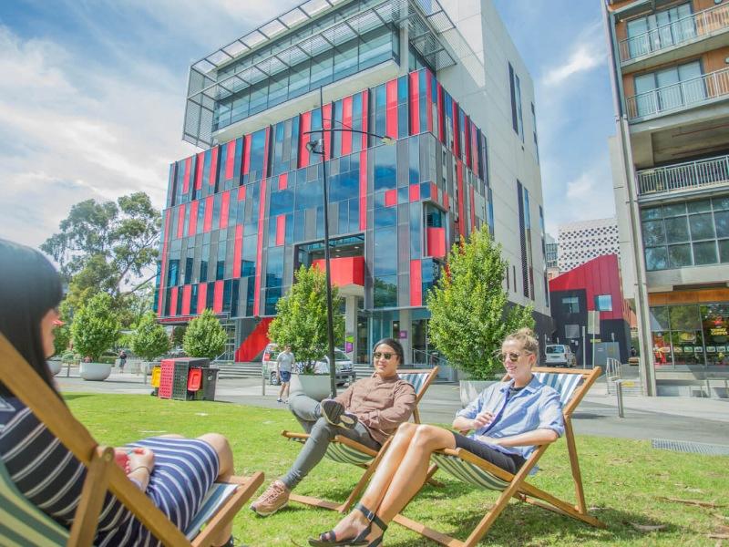Trường Đại học Công nghệ Swinburne đã gia tăng giá trị của học bổng nhập học