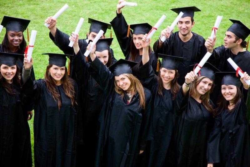 Học trực tuyến vẫn đủ điều kiện để xin được giấy phép làm việc