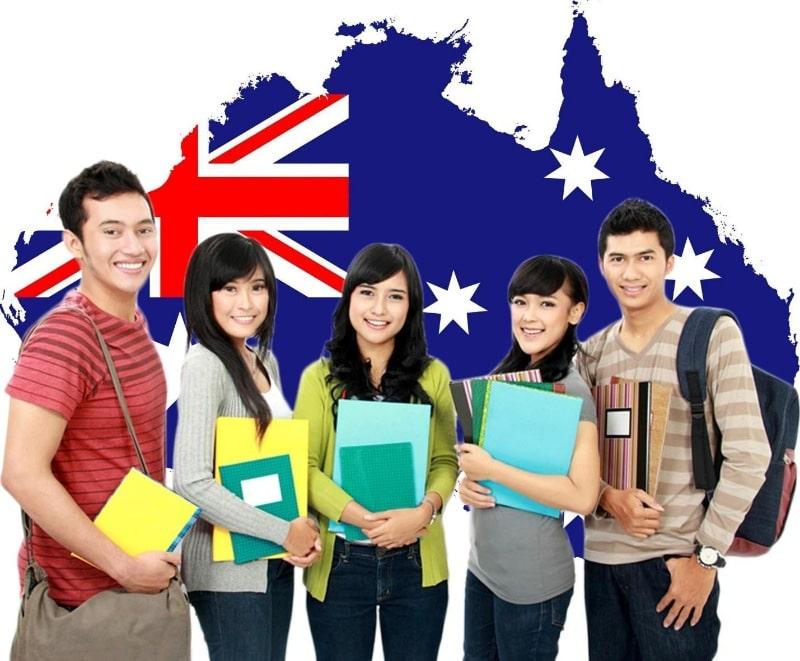 Việc tiêm phòng vaccine cho toàn người dân Úc có độ tuổi từ 16 trở lên đã được triển khai từ ngày 22 tháng 02 năm 2021