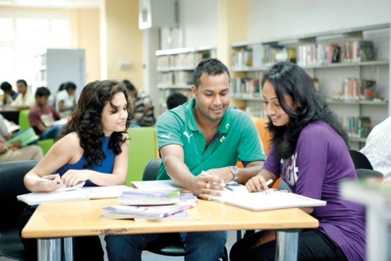 Tại trường, sinh viên nước ngoài sẽ được theo học từ các lớp học có số lượng sinh viên ít